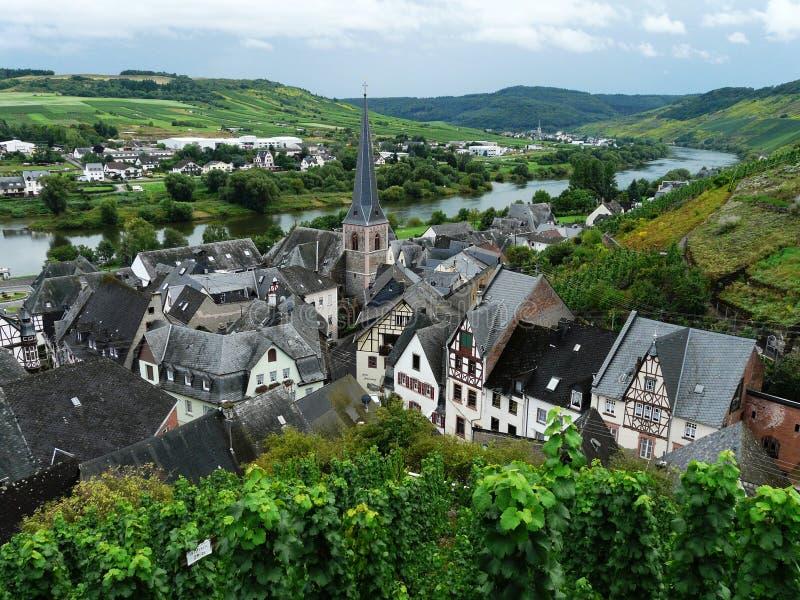 Vista superior bonita do vale cênico do rio de Moselle, Rhineland-palatinado, Alemanha imagens de stock royalty free