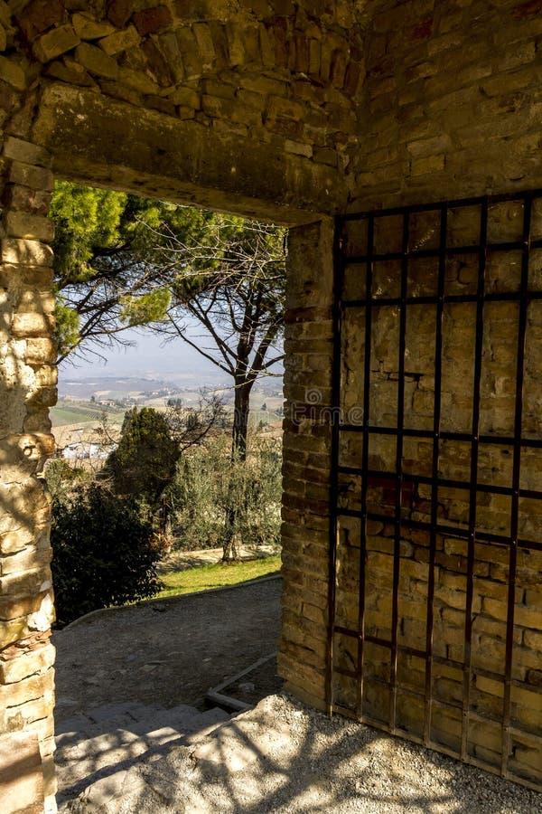 Vista superior da cidade antiga pequena Fiesole, Itália, Europa foto de stock royalty free