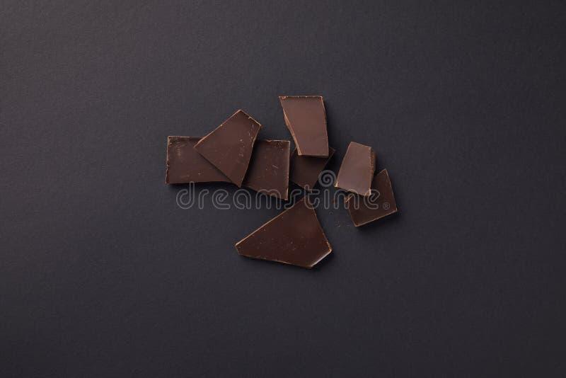 vista superior de barras de chocolate escuras foto de stock royalty free
