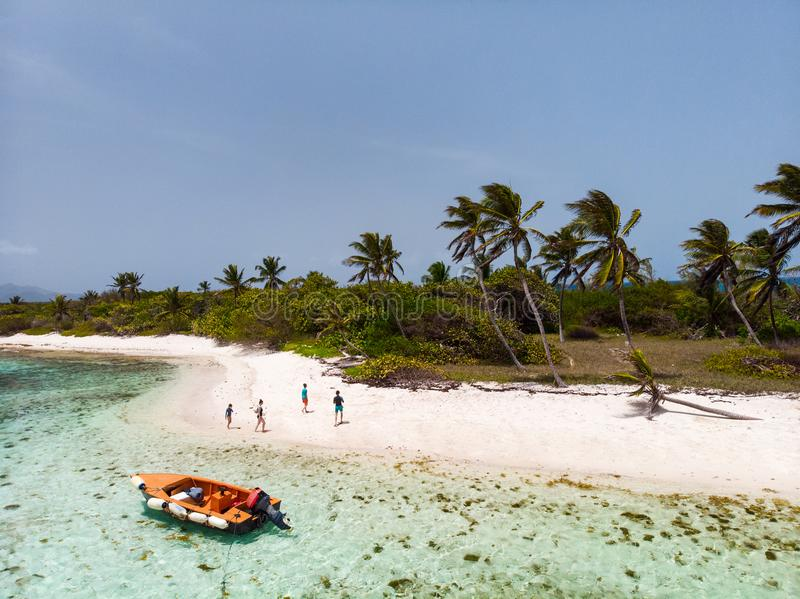 Vista superior de cays de Tobago imagens de stock royalty free