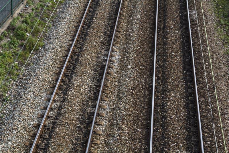 Vista superior de las pistas de ferrocarril imágenes de archivo libres de regalías