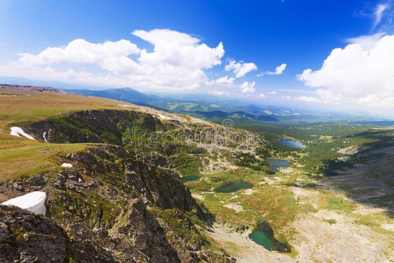Vista superior de los lagos Karakol en Altai fotografía de archivo libre de regalías