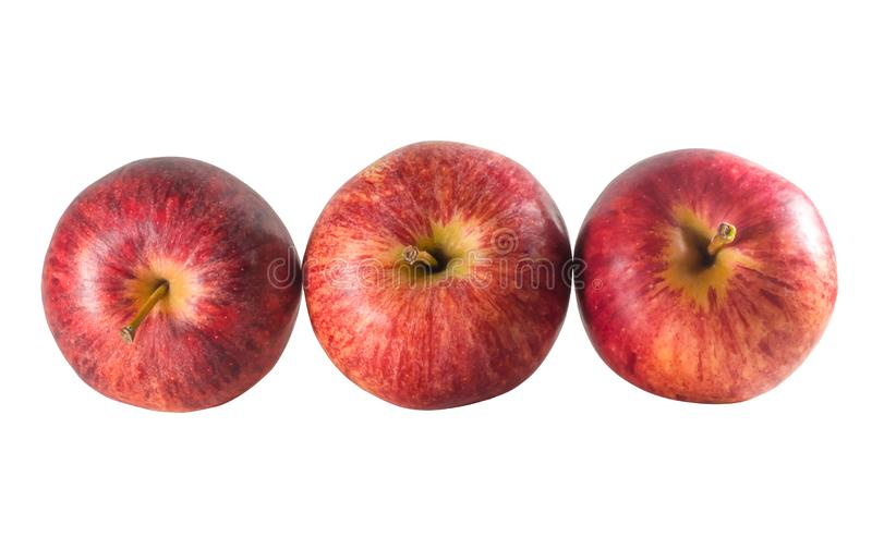 Vista superior de tres manzanas rojas frescas maduras aisladas en el fondo blanco con la trayectoria de recortes fotografía de archivo