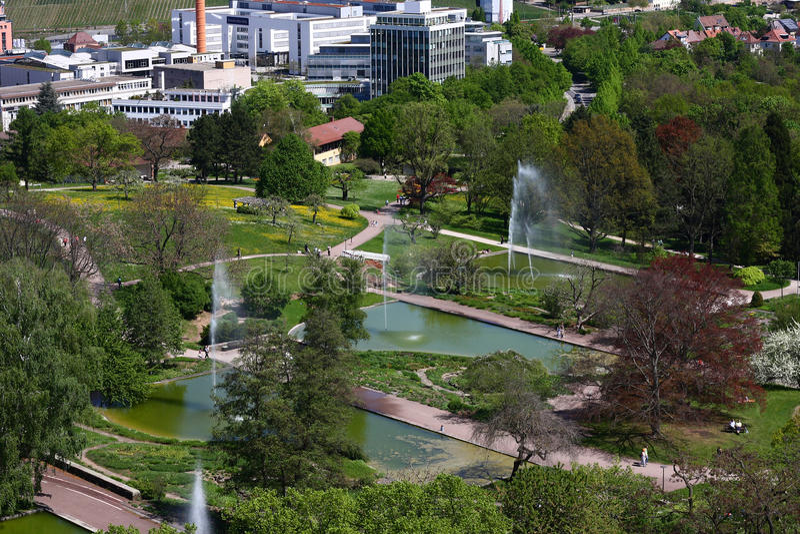 Vista superior de un parque de la ciudad imagen de archivo libre de regalías
