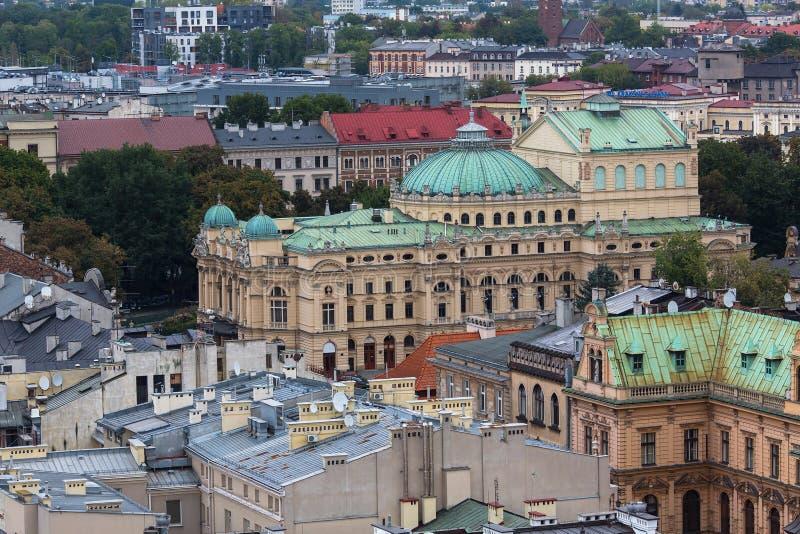 Vista superior del edificios históricos en el centro de Kraków imágenes de archivo libres de regalías