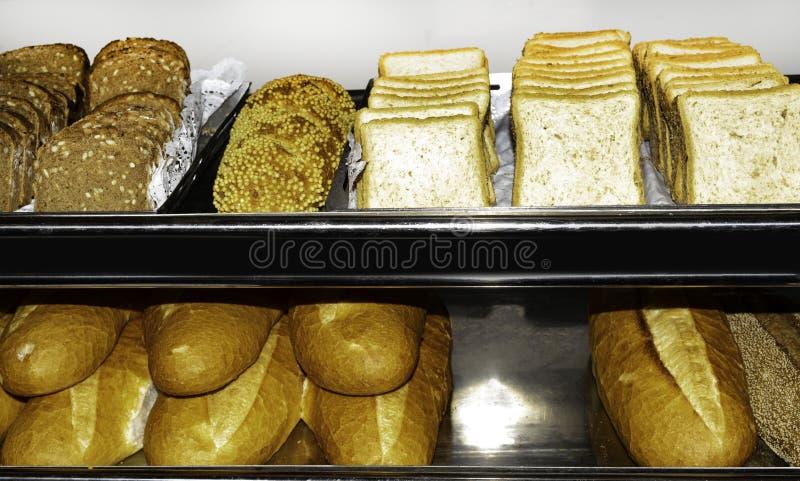 Vista superior del surtido de diferente tipo de panadería del cereal: pan fotos de archivo