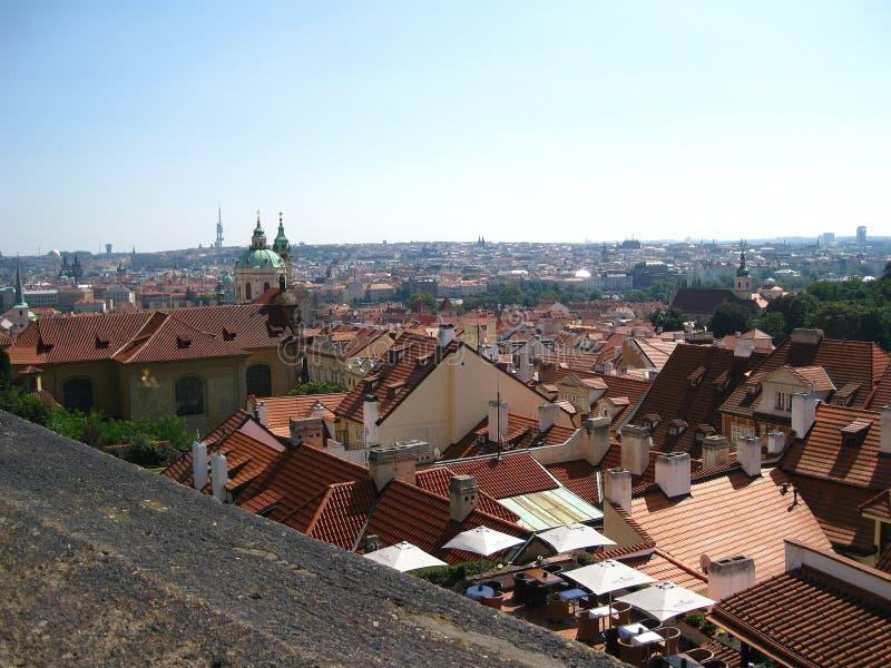 Vista superior dos telhados de Praga fotografia de stock royalty free
