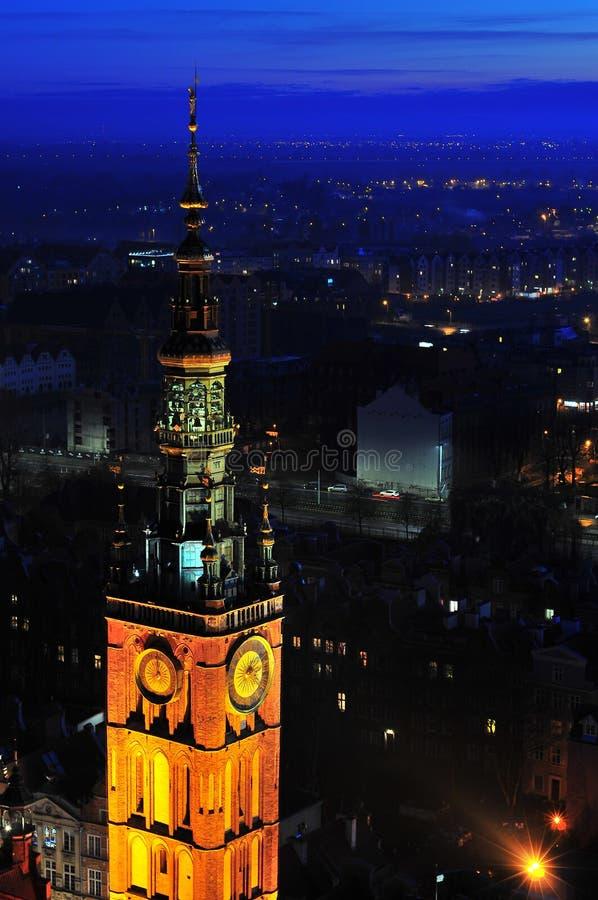 Vista superior em Gdansk na noite fotos de stock