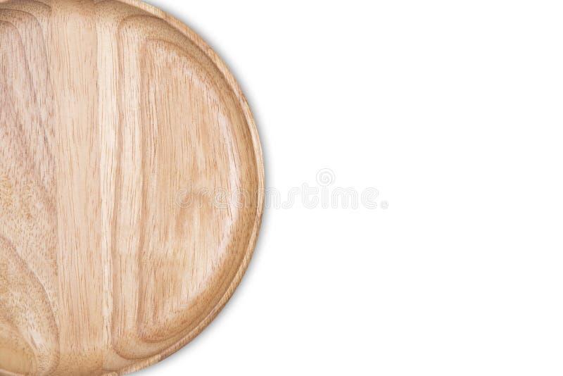 Vista superiore del piatto di legno vuoto isolato su fondo bianco immagini stock libere da diritti