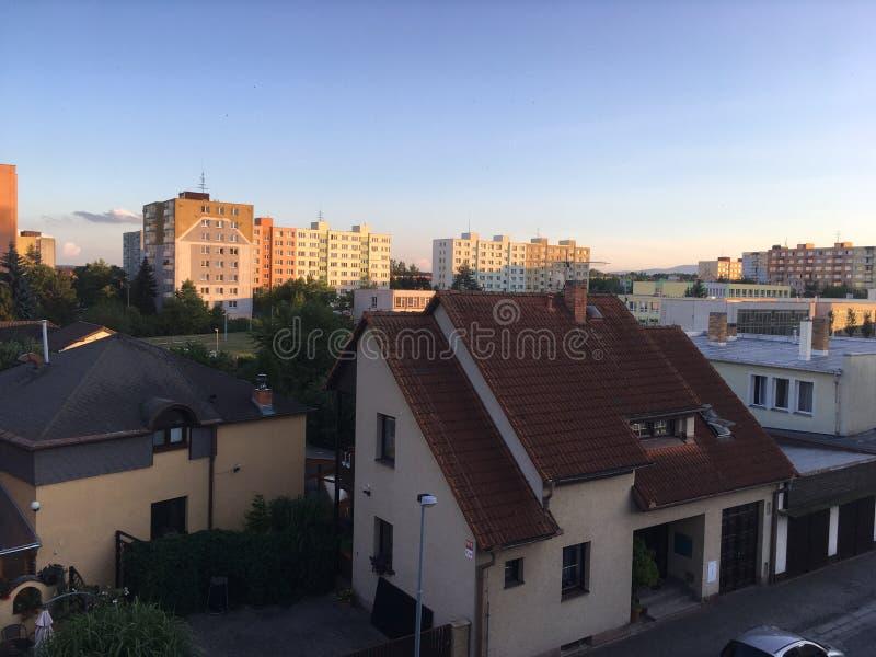 Vista superiore del tetto ad una chiesa immagini stock
