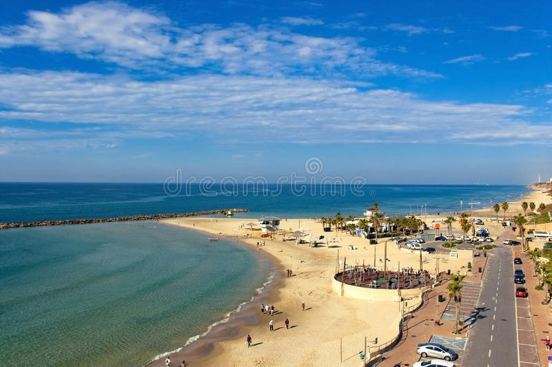 Vista superiore della baia con la spiaggia immagini stock