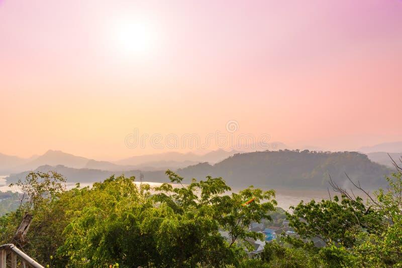 Vista superiore della città di Luang Prabang, Laos fotografia stock