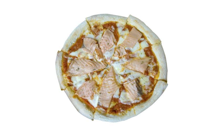 Vista superiore della pizza fresca del salmone affumicato, percorso di ritaglio fotografia stock libera da diritti