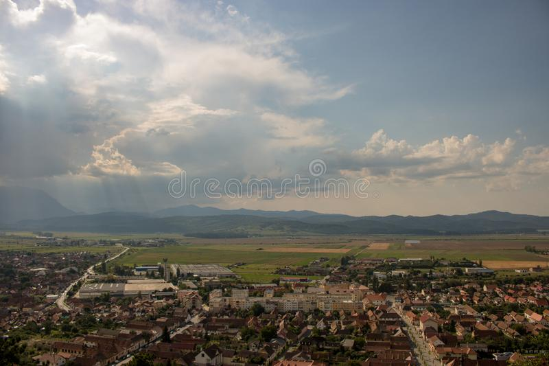 Vista superiore di Rasnov in Romania fotografie stock libere da diritti