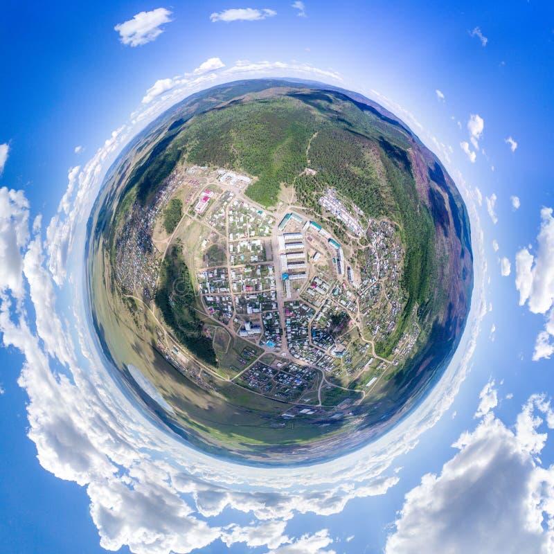 Vista superiore su una città fotografie stock