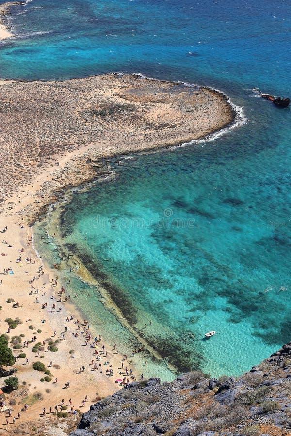 Vista superiore sulla spiaggia, Gramvousa, isola di Creta, Grecia del mare immagini stock libere da diritti