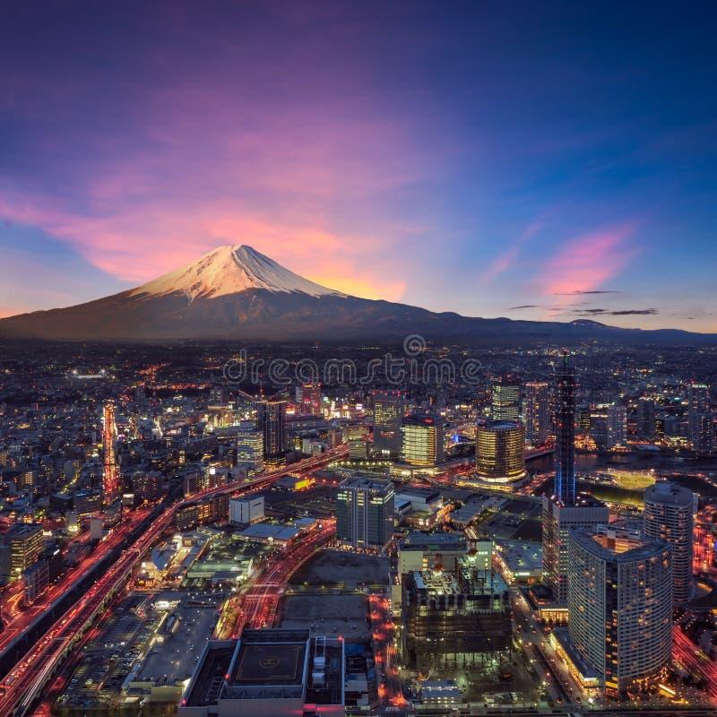 Vista surreal da cidade de Yokohama fotografia de stock royalty free