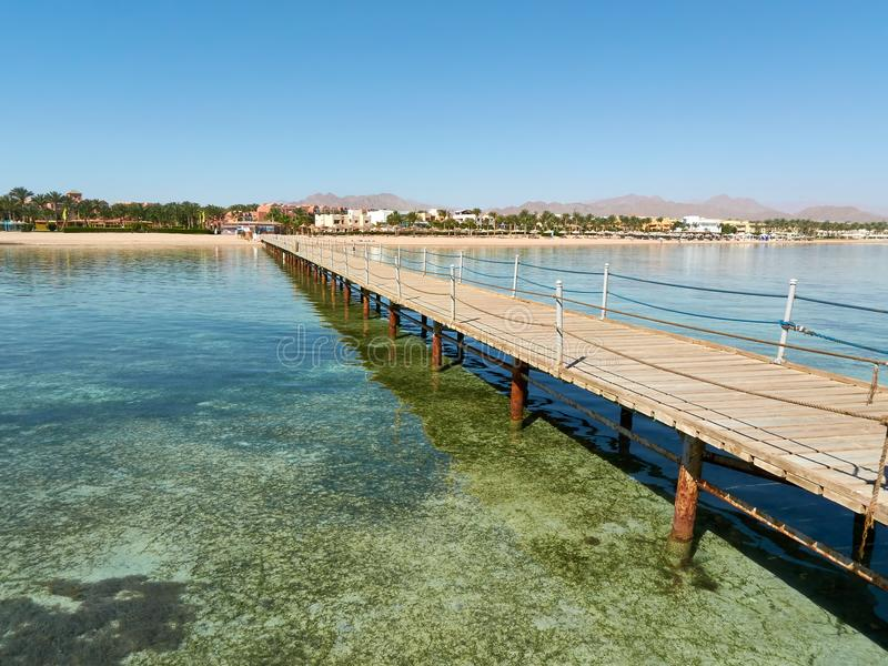 Vista típica do Sharm el Sheikh egípcio da costa do recurso imagens de stock