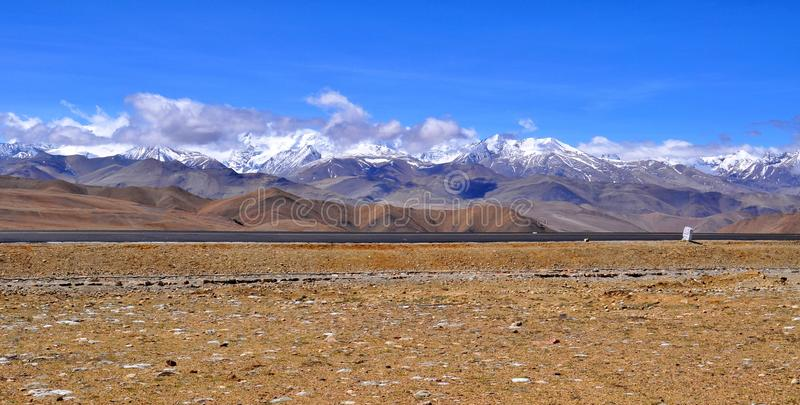 Vista tibetana dell'Himalaya fotografie stock libere da diritti