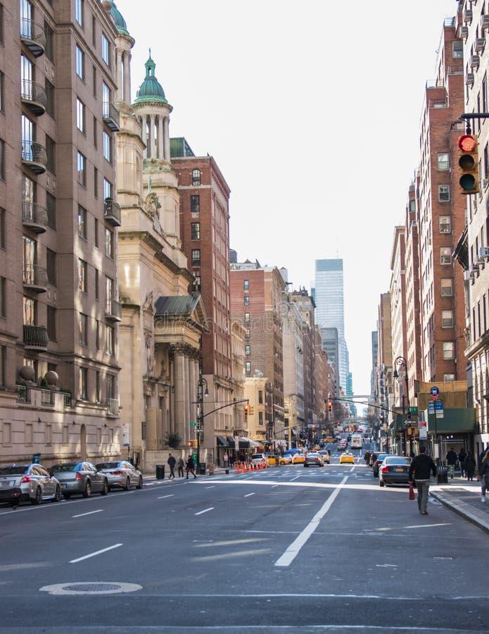 Vista tipica della via in Manhattan NEW YORK U.S.A. - 3 gennaio 2019 immagini stock libere da diritti