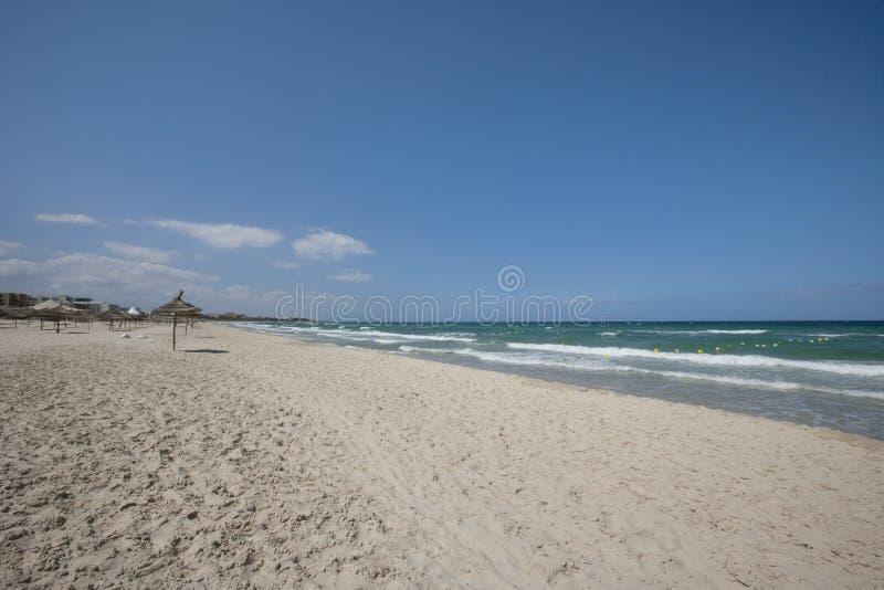 Vista tranquila de la playa, Sousse, Túnez imágenes de archivo libres de regalías