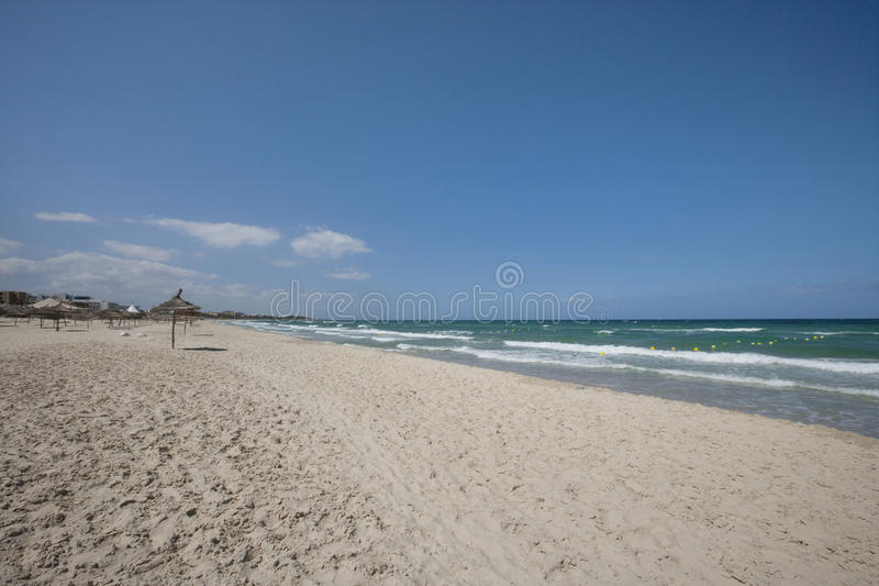 Vista tranquilla della spiaggia, Susa, Tunisia immagini stock libere da diritti