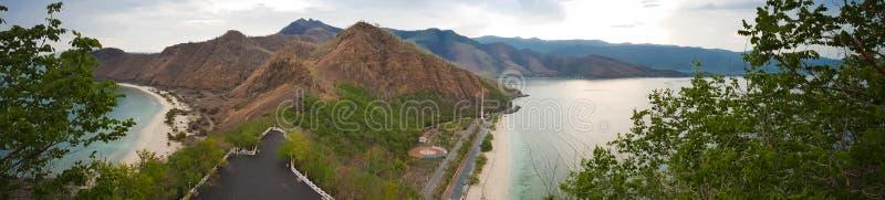 Vista tropicale da Cristo Rei Statue a Dili, Timor orientale fotografie stock libere da diritti