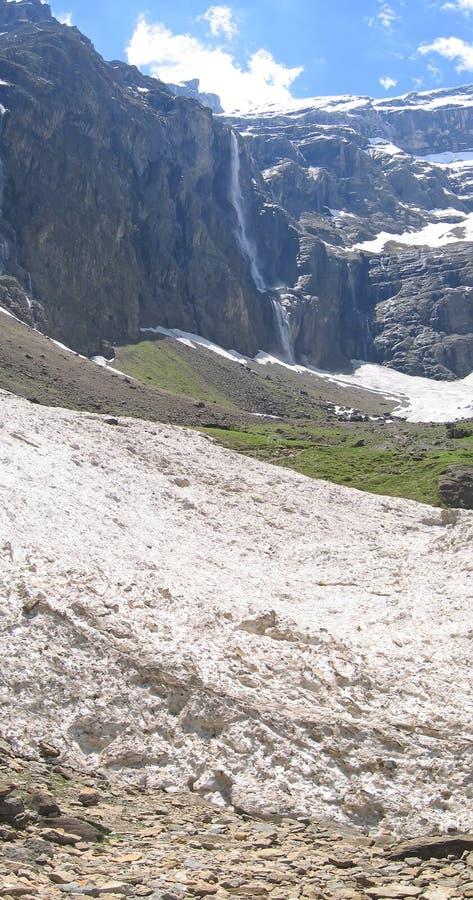 Vista vertical das geleiras brancas fotos de stock