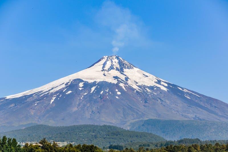 Vista vicina del vulcano di Villarrica, Pucon, Cile fotografia stock libera da diritti