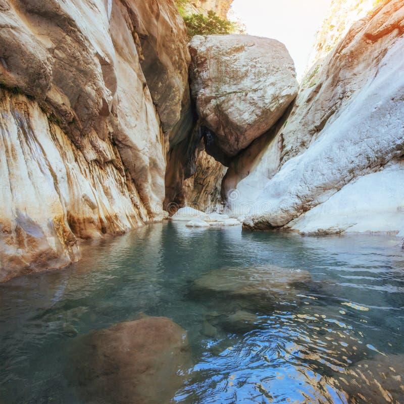Vistas cênicos da garganta Goynuk em Turquia Montanha bonita foto de stock royalty free
