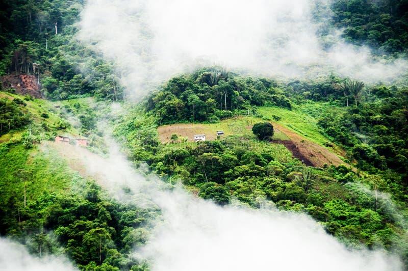 Vistas da estrada de Yungas imagens de stock