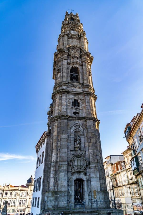 Vistas da torre de Clerigos em Porto, Portugal fotos de stock royalty free