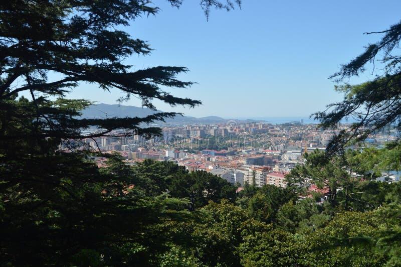 Vistas de la ciudad de Vigo From El Monte Del Castro Naturaleza, arquitectura, historia, viaje 16 de agosto de 2014 Vigo, Ponteve fotos de archivo