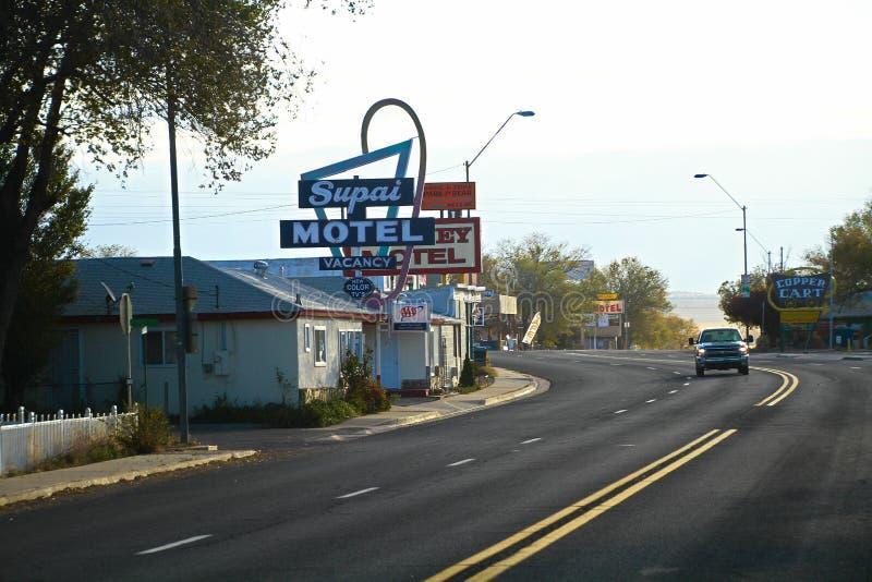 Vistas de las decoraciones de la ruta 66 en la ciudad de Seligman fotos de archivo libres de regalías