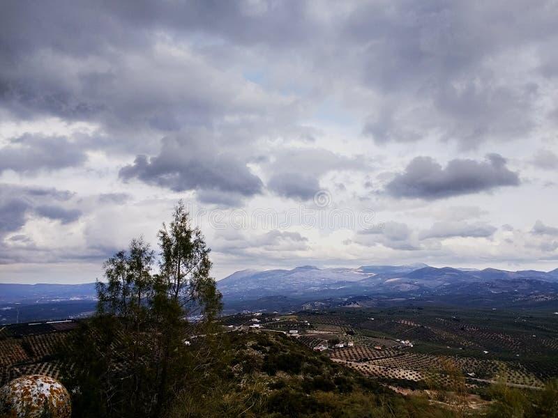Vistas de Santuario de Nuestra Señora de Araceli em Lucena, Espanha imagens de stock royalty free