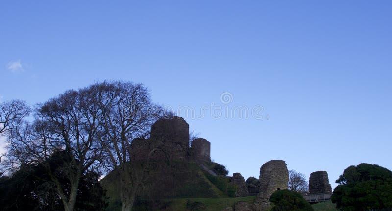 Vistas do castelo Cornualha de Launceston, em um dia de invernos uncrowded brilhante em janeiro fotos de stock royalty free