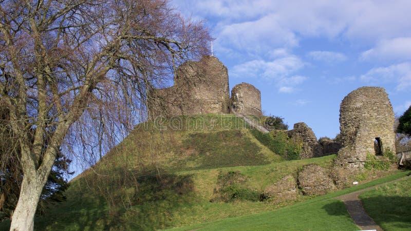 Vistas do castelo Cornualha de Launceston, em um dia de invernos uncrowded brilhante em janeiro imagem de stock royalty free