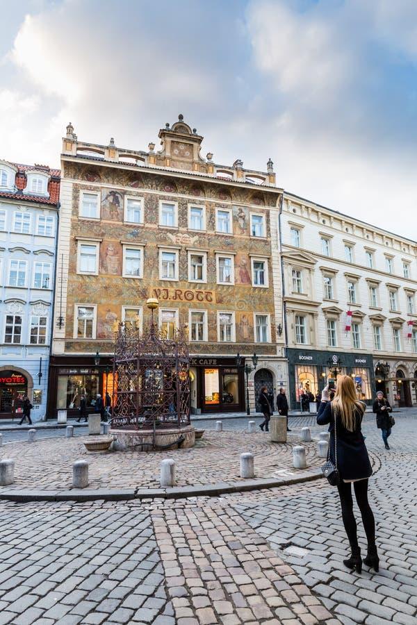 Vistas exteriores de edificios en Praga imágenes de archivo libres de regalías