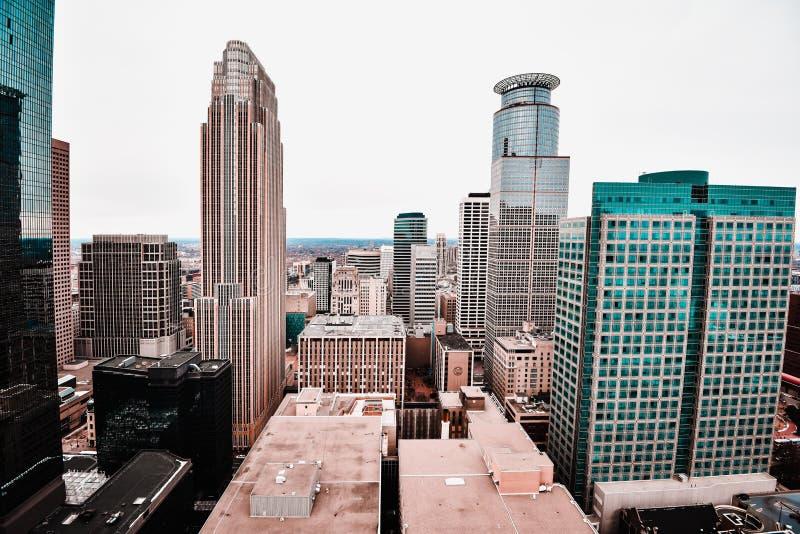 Vistas imponentes de Minneapolis céntrica imágenes de archivo libres de regalías