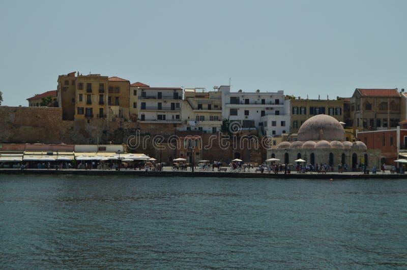 Vistas magníficas de la vecindad veneciana del puerto y de su ermita en Chania Viaje de la arquitectura de la historia fotografía de archivo libre de regalías