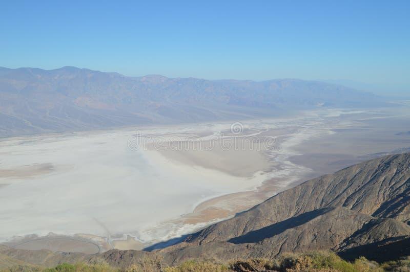 Vistas panorâmicas do vale da morte Geologia dos feriados do curso fotografia de stock royalty free