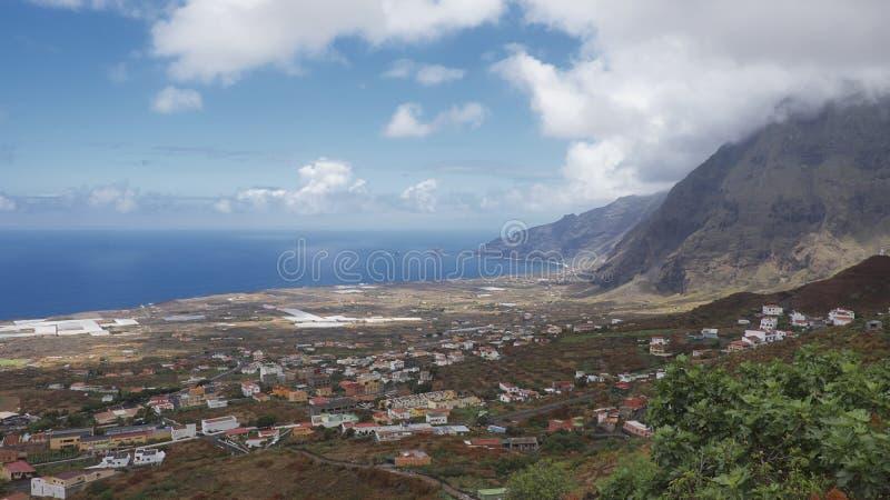 Viste costiere verso Las Puntas da Frontera, EL Hierro, isole Canarie, Spagna fotografie stock libere da diritti