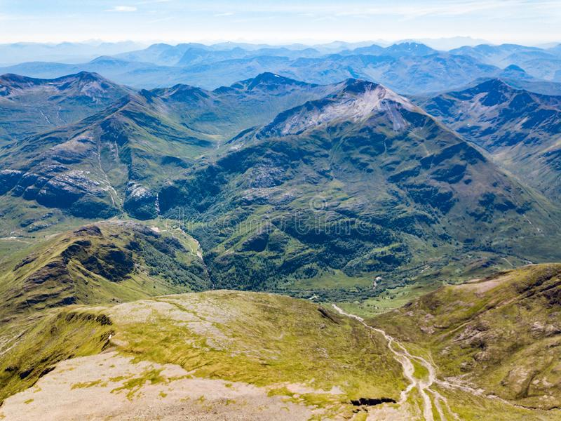Viste da Ben Nevis, la montagna più alta nel Regno Unito fotografia stock libera da diritti