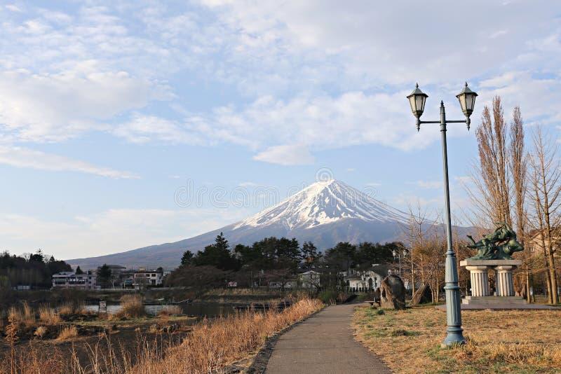 Viste del monte Fuji e del parco immagine stock
