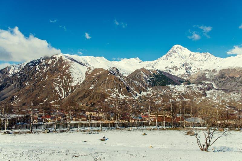 Viste del supporto Kazbek fotografia stock