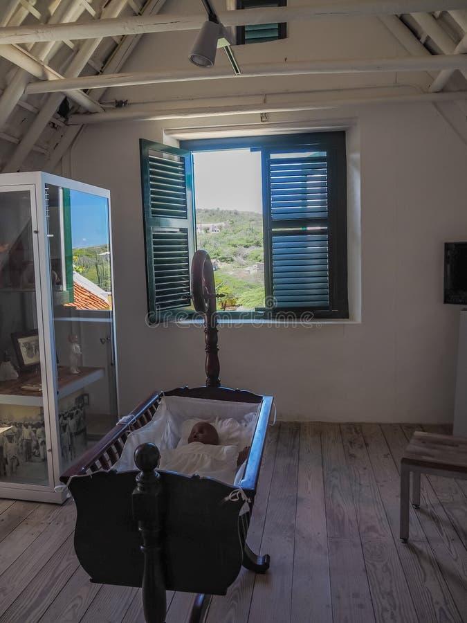 Viste della finestra della casa della piantagione e del Curacao del parco nazionale di Christoffel della culla fotografia stock libera da diritti