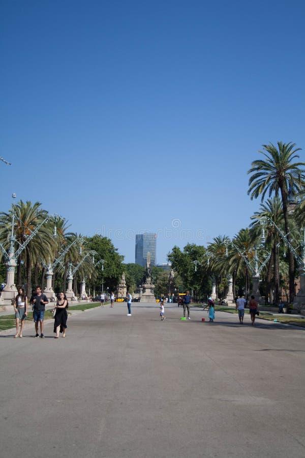 Viste di Barcellona Natura ed elementi fatti dall'essere umano immagine stock libera da diritti