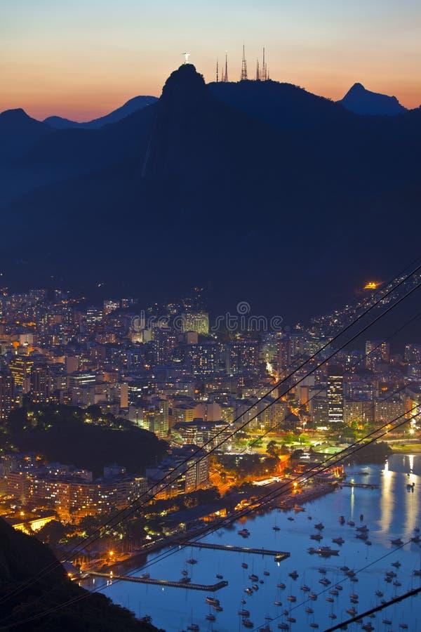 Viste di notte di Rio de Janeiro Brasile immagini stock libere da diritti