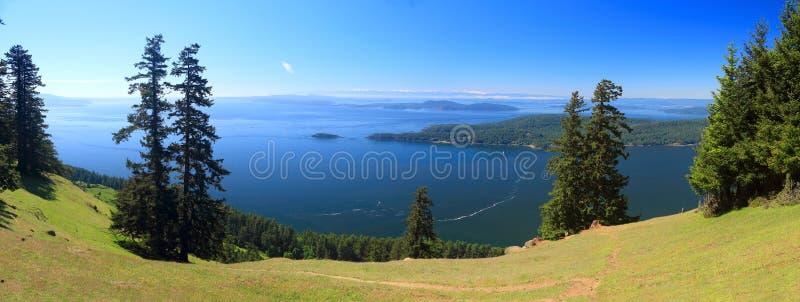 Viste panoramiche dell'isola di Pender, di San Juan Islands e della penisola olimpica dal supporto Warburton sull'isola di Saturn fotografie stock libere da diritti