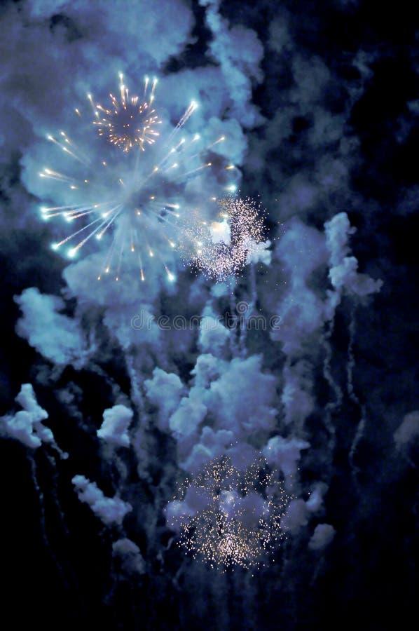 Visualización del fuego artificial foto de archivo libre de regalías